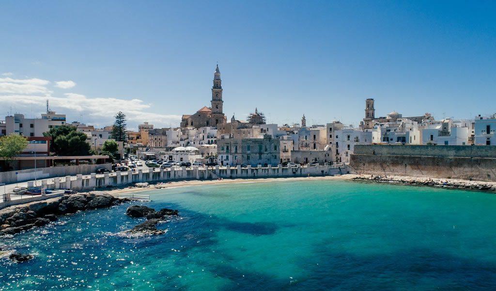 Fly & drive door Italiaans Puglia