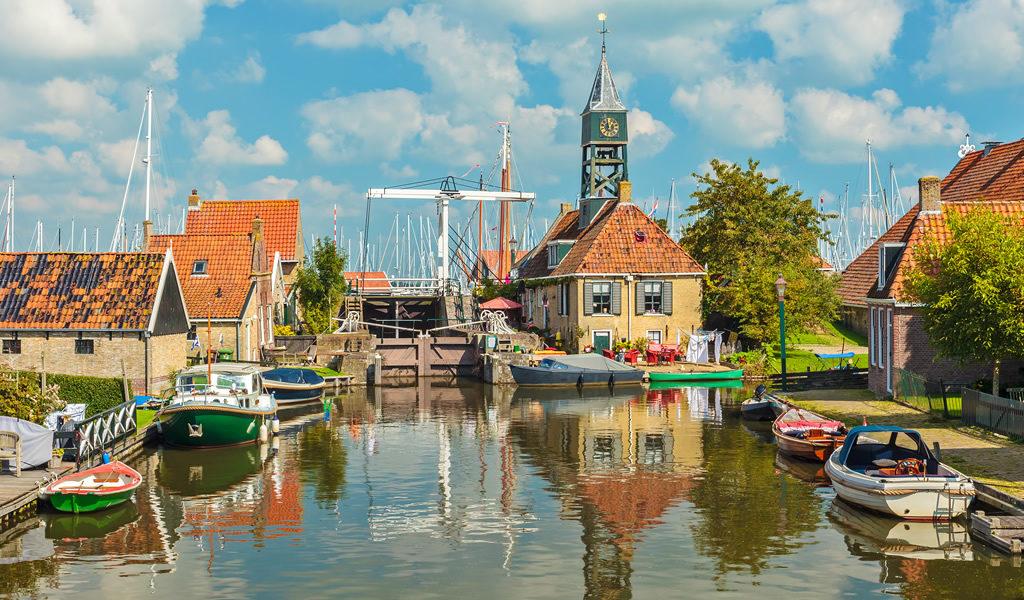 Korting Sloep huren in Friesland